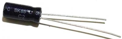 Elko 100µF, Min. 16V, stehend